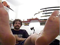 candid guys feet on webcam 38